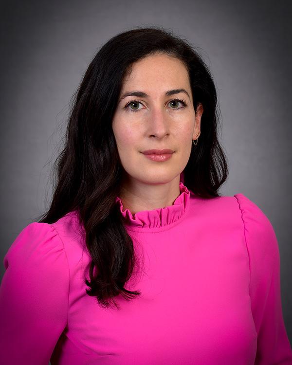Emily J Holland profile photo