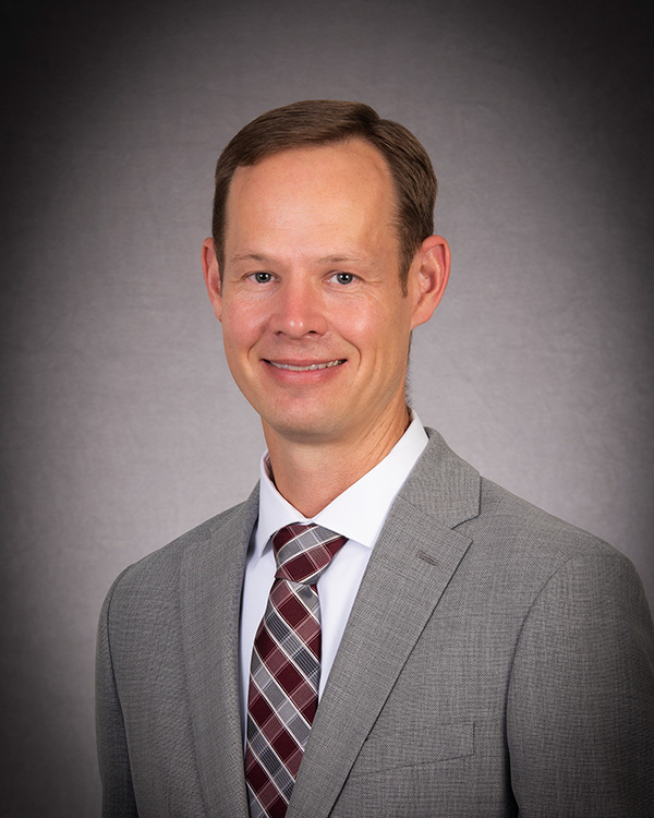 Andrew Niewohner faculty profile