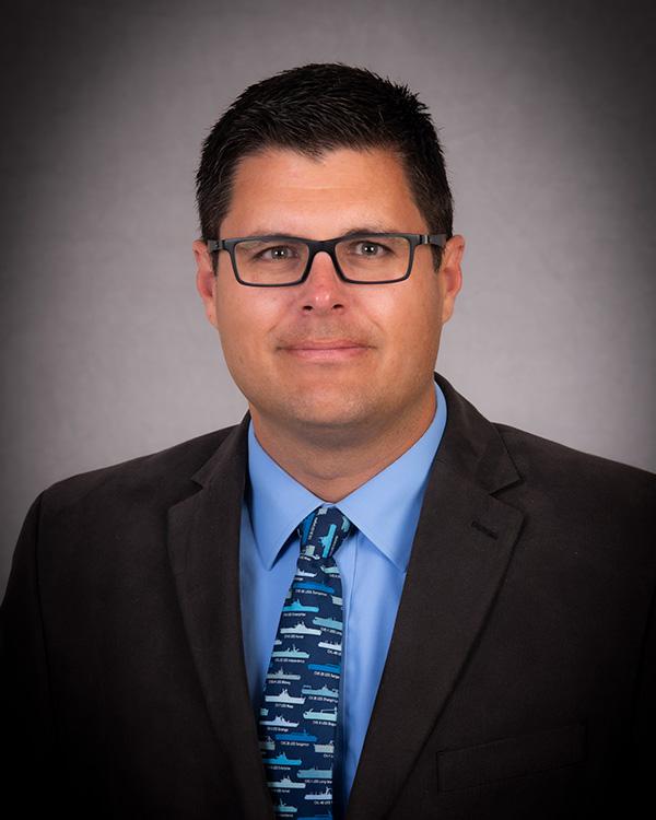 Ryan Wadle faculty photo