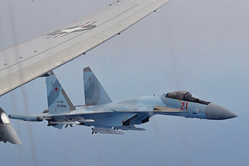 Two Russian Su-35 aircraft unsafely intercept a P-8A Poseidon patrol aircraft assigned to the U.S. 6th Fleet over the Mediterranean Sea, May 26, 2020.