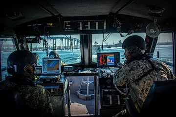 Sailors assigned to Maritime Expeditionary Security Squadron (MSRON) 11 sail through San Diego Bay aboard a 34-foot Sea Ark patrol boat as part of sea trials during Maritime Expeditionary Security Group (MESG) 1's Board of Inspection and Survey (INSURV).
