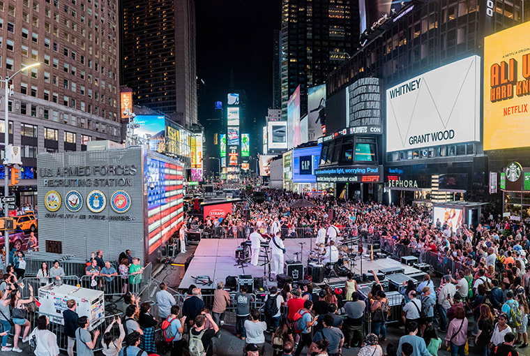 Navy Band Northeast's Rock Band, Rhode Island Sound, performs in Times Square in support of Fleet Week New York, 2018