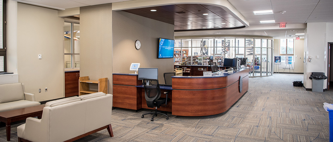 Learning commons front desk